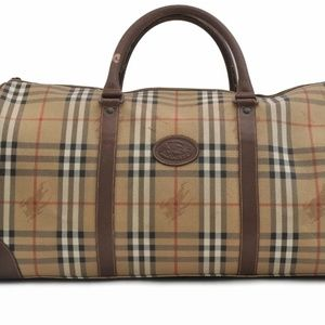 $2800 Auth Burberry travel bag